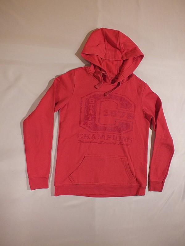 Raudonas džemperis mergaitėms (apie 12 metų)