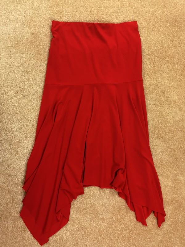Dviejų dalių raudonas tamprus kostiumėlis moterims (XS - S)