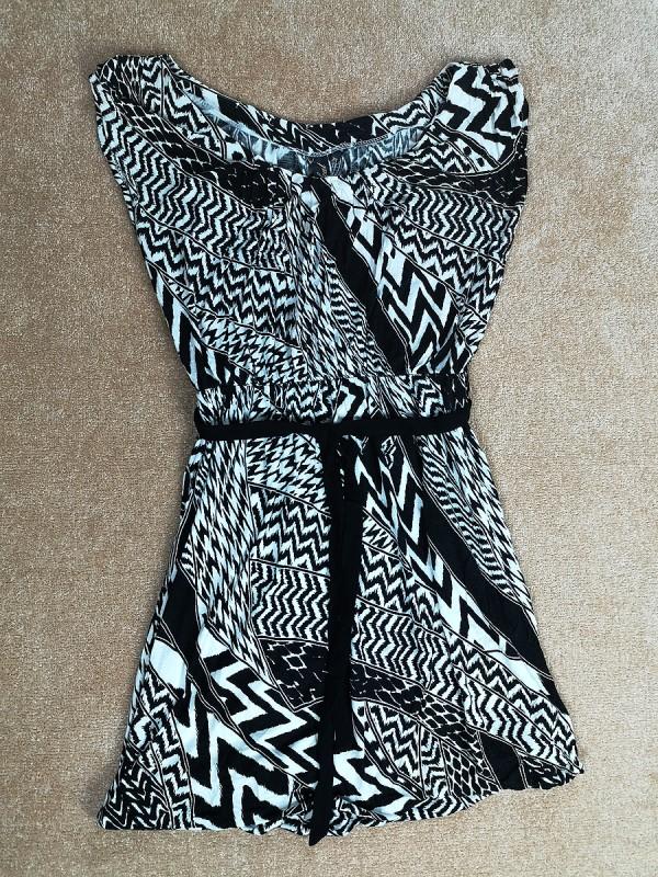 BOOLCAT viskozinė suknelė su pamušalu moterims (XS)
